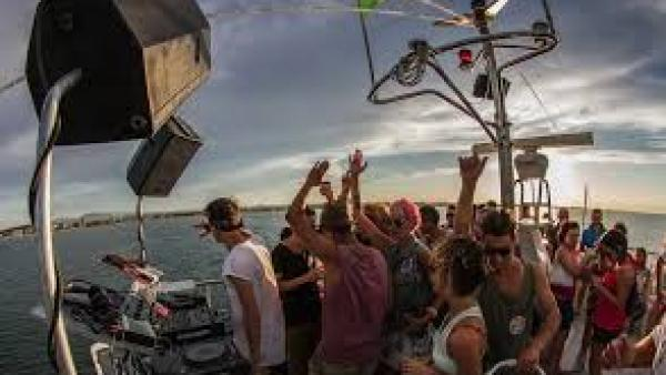 "Summer Boat Party, il festival dell'estate ""a bordo"""
